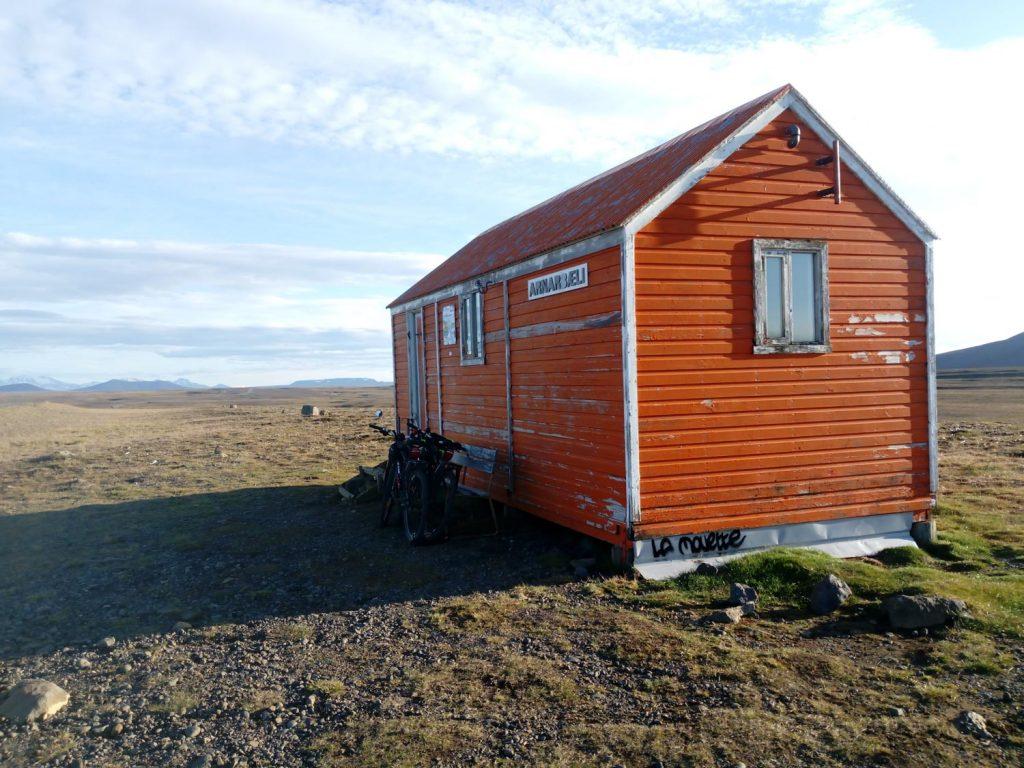 Camping Iceland Shelter Orange