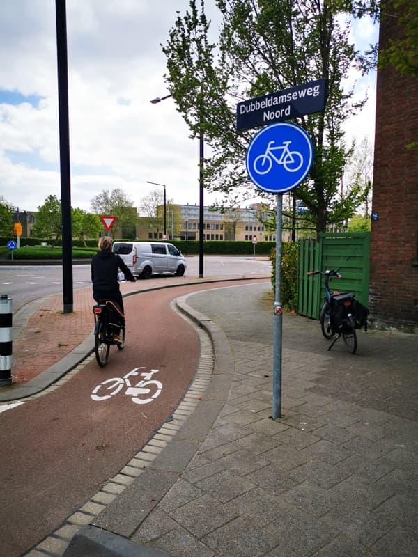 Get around in the Netherlands by bike