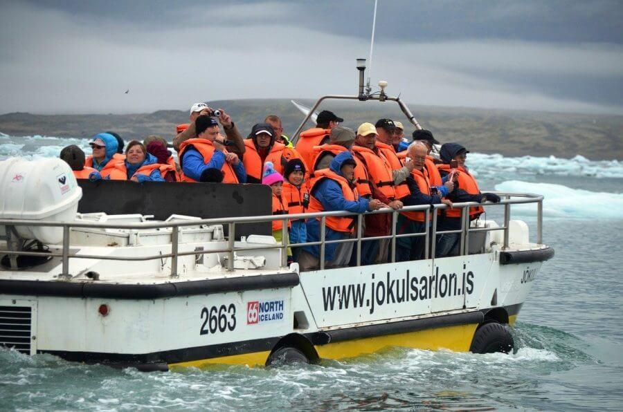 Diamond beach Iceland tour Jokulsarlon