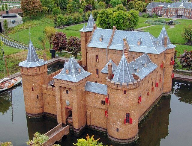 Muiderslot Roadtrip Netherlands (1)