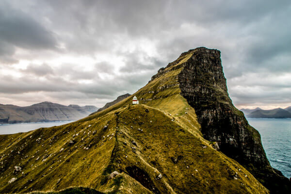 dramatic cliffside views from the charming Kallur lighthouse