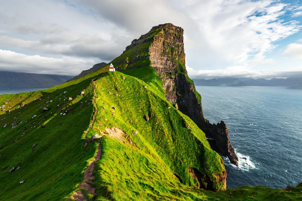 Kallur Lighthouse Hike