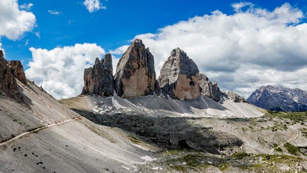 Three Peaks Hiking Trail