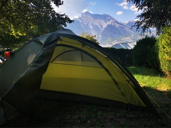 What size tent do you need? Beginners camping guide