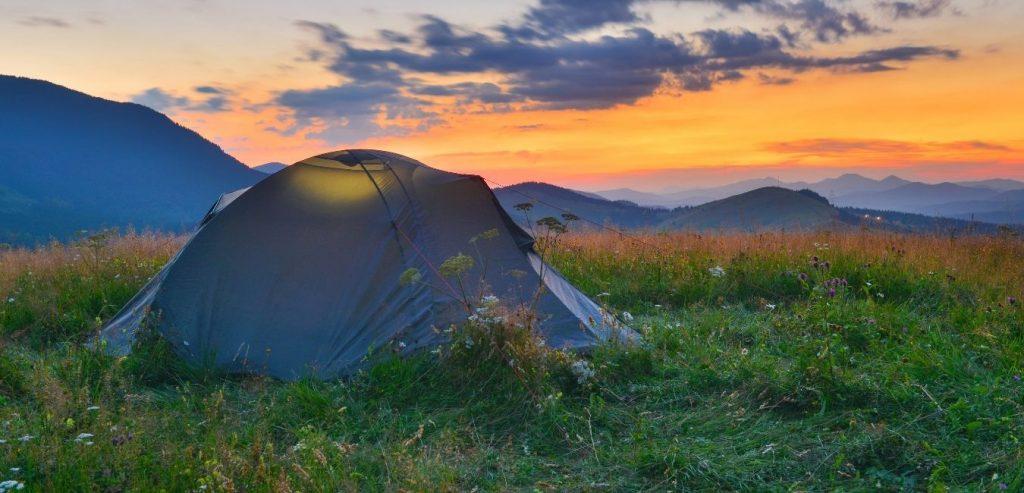 Beginners guide tent camping #camping #campinguide #tentcamping