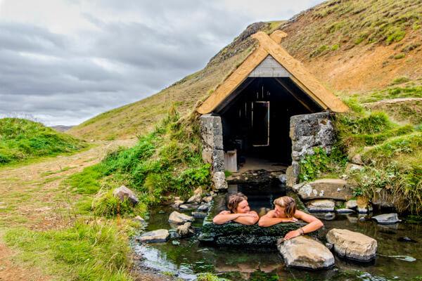 Hrunalaug hot springs in Iceland