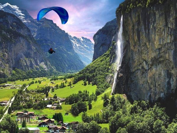 Lauterbrunnen paragliding
