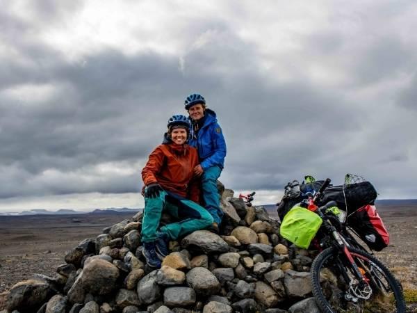 Bike touring mountainbikes