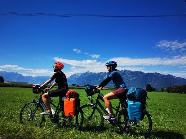 Bike touring bikes