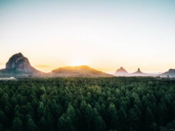 Glass House Mountains - Brisbane to Cairns