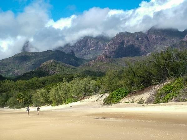 Hinchinbrook Island - Australia Hiking