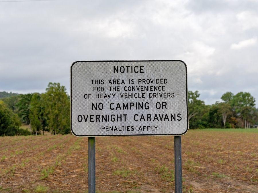 No Camping Sign - Wild Camping