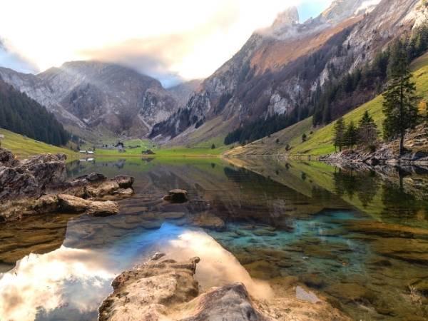 Seealpsee Switzerland hike