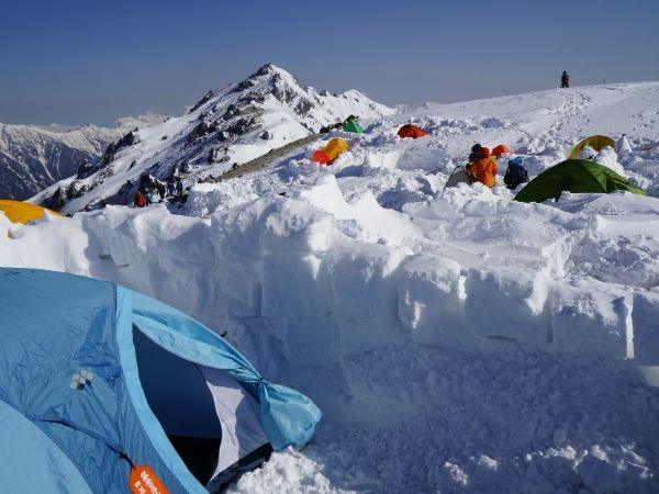 Why you really need tent pegs