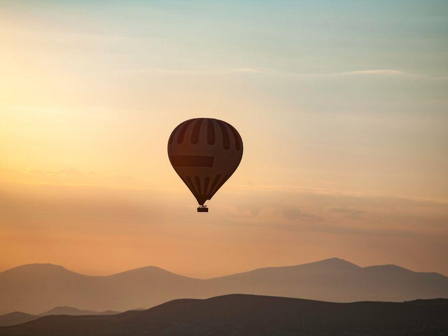 air balloon seville