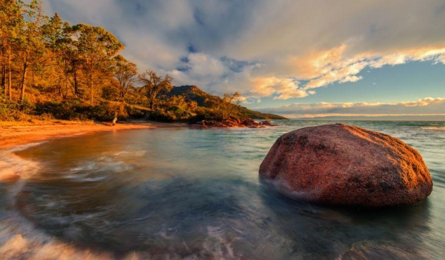 Honeymoon Bay - Australia