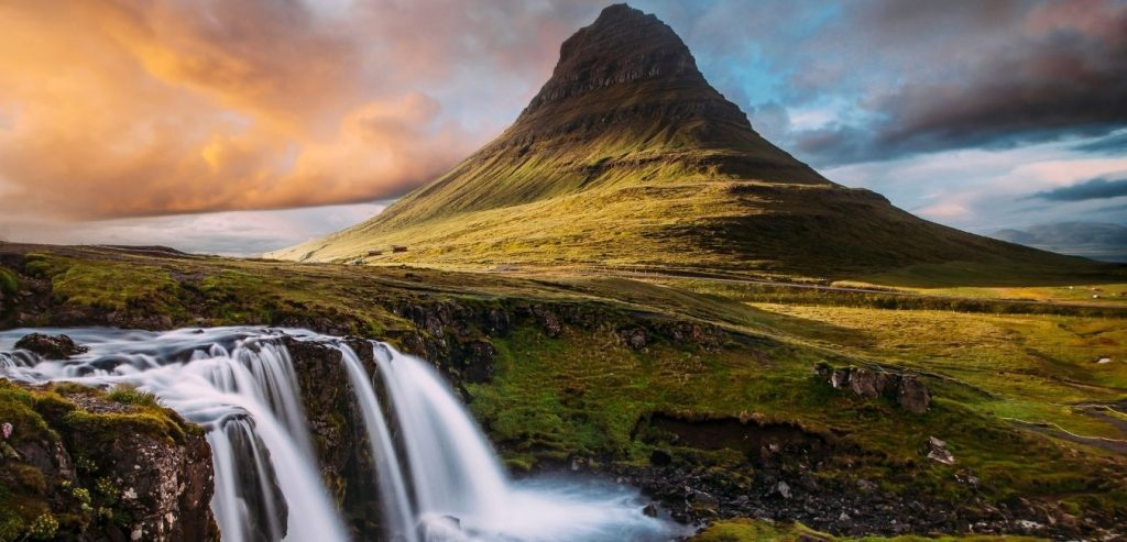 Iceland Travel Time