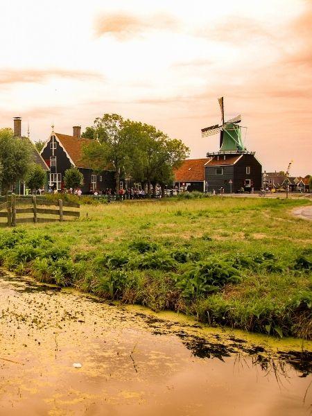 Netherlands Road Trip - Kinderdijk