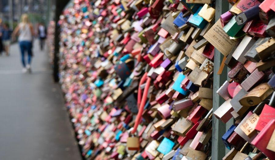 Paris Love Bridge Valentine