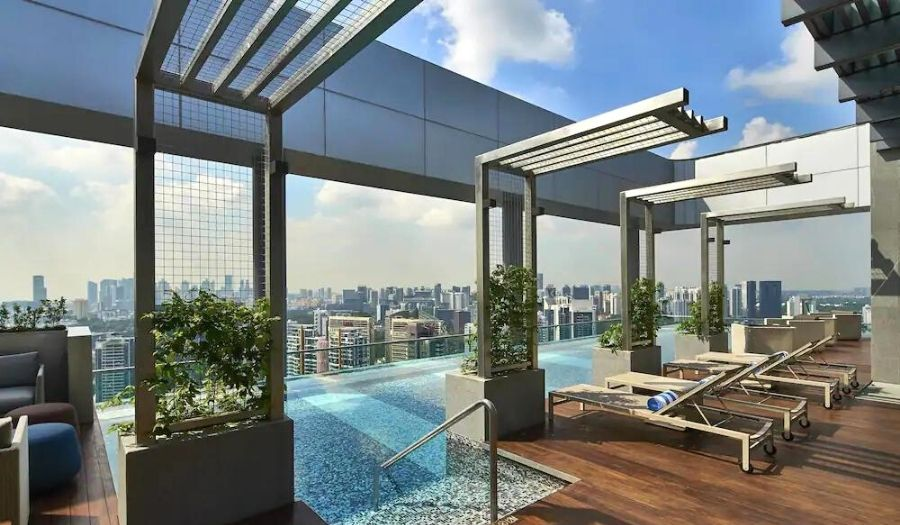 Courtyard by Marriott infinity pool singapore