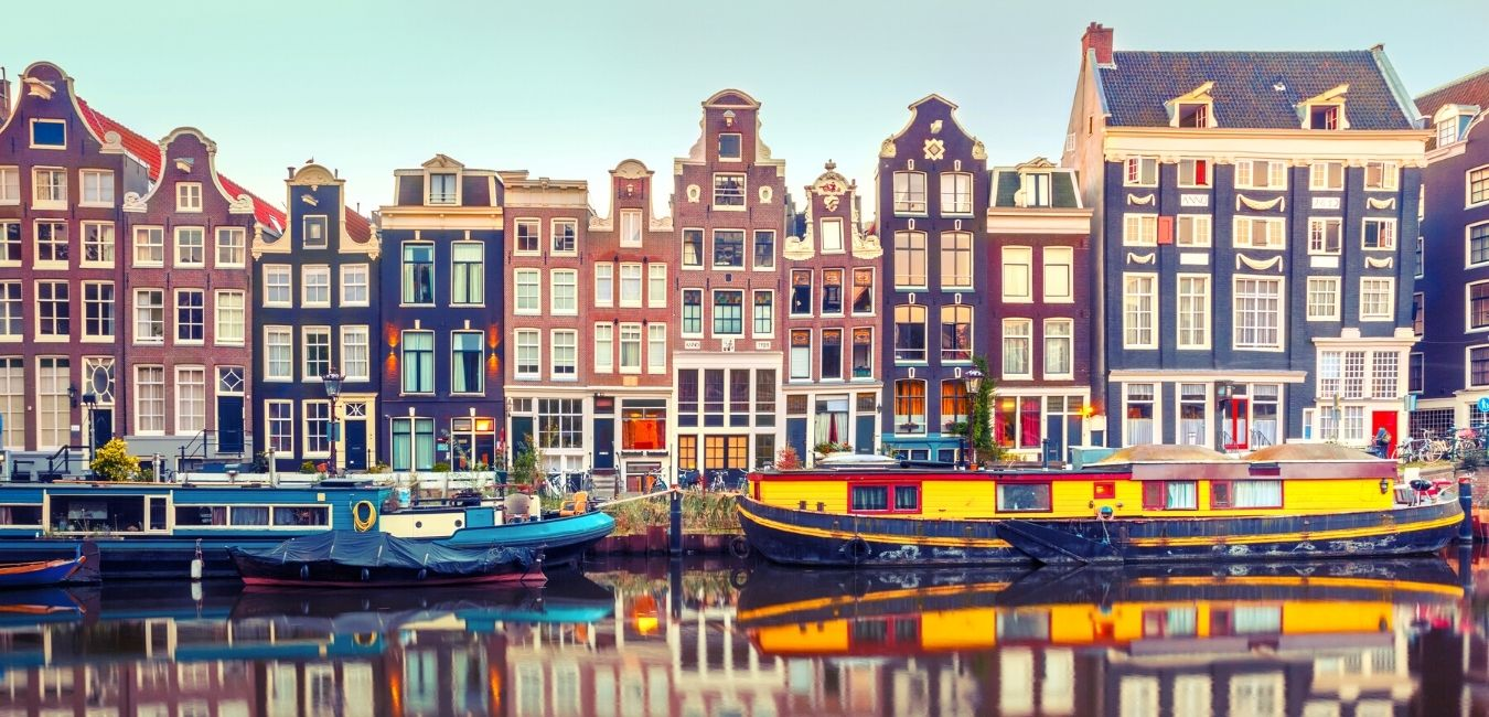 Walking Amsterdam