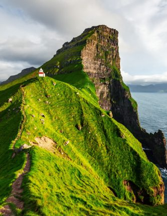 Kallur Lighthouse Hike