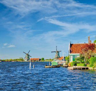 Zaanse Schans Day Trip Amsterdam by train